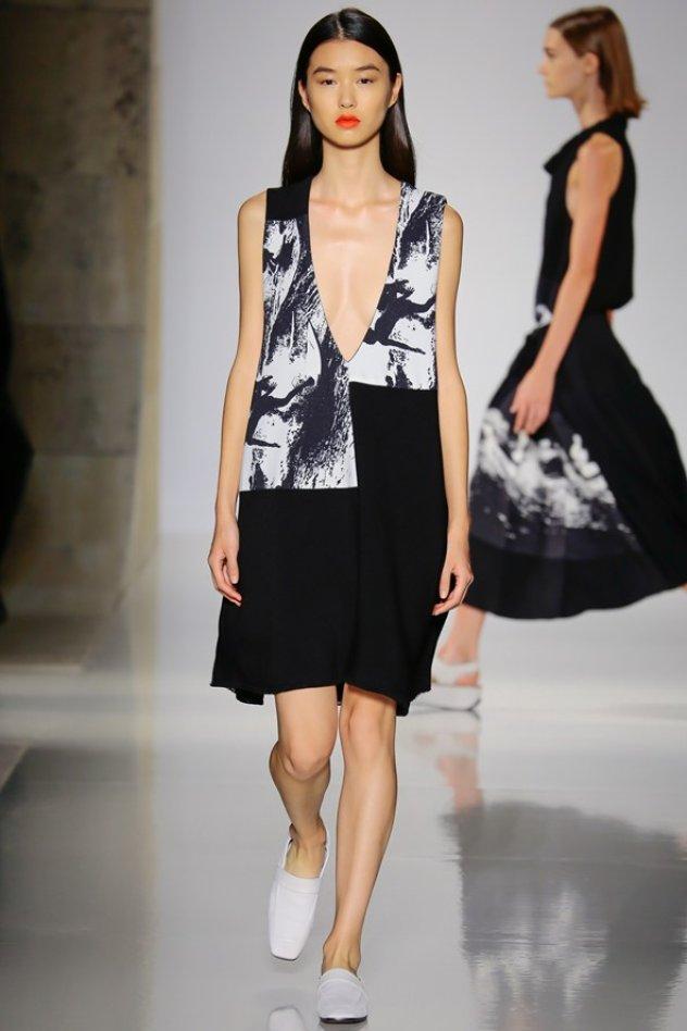 de59bee212b7 Εβδομάδα μόδας Νέα Υόρκη 2016  Τα εκπληκτικά ρούχα της Victoria ...