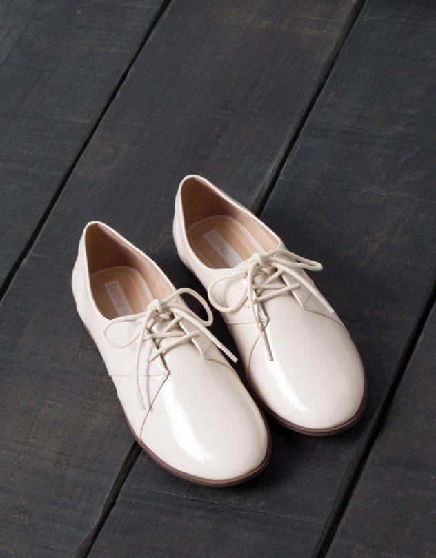 6b9b9ebf72d Oxford shoes: Τα παπούτσια με το classy κόψιμο ιδανικά για τα μοντέρνα  office σύνολά σας | eirinika.gr