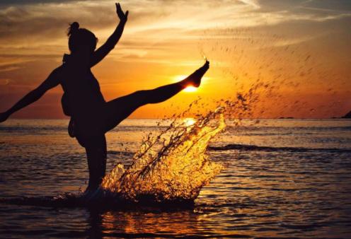 Το να κάνεις πράγματα μόνος δεν σε κάνει περίεργο αλλά σε ελευθερώνει… - Αφύπνιση Συνείδησης - Κυρίως Φωτογραφία - Gallery - Video