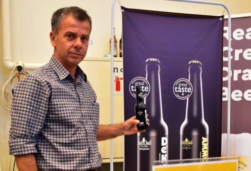 """Αποκλειστικό – Made in Greece η απίθανη ελληνική μπύρα """"AMMOUSA"""" & ο Γιώργος Ντάνος: Μικροζυθοποιός από την Πάτρα με πλατινένιες διακρίσεις  - Κυρίως Φωτογραφία - Gallery - Video"""
