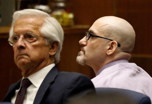 """Ο """"μαχαιροβγάλτης του Χόλιγουντ"""" ένοχος για τη δολοφονία της φίλης του Άστον Κούτσερ και μίας ακόμα γυναίκας (φώτο-βίντεο) - Κυρίως Φωτογραφία - Gallery - Video"""