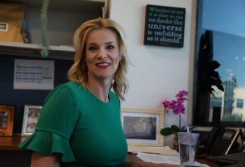 Topwoman η Dr. Kate Broderick - Δουλεύει 15 ώρες τη μέρα για τη δημιουργία εμβολίου DNA  κατά του κορονοϊού & μεγαλώνει δύο παιδιά (φώτο-βίντεο)  - Κυρίως Φωτογραφία - Gallery - Video