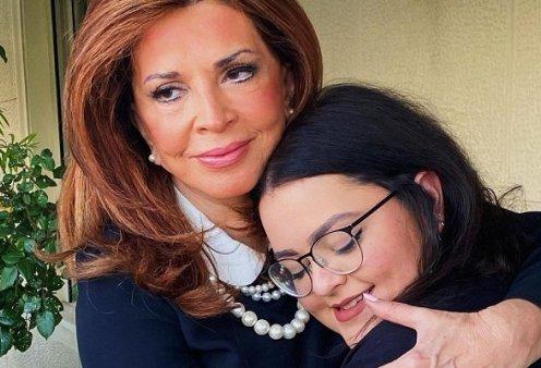 Η Μαριτίνα συγκλονίζει με τις ευχές στην μαμά της Μιμή Ντενίση: «Χρόνια πολλά στον άνθρωπό μου, στην γιατρό, στην κολλητή μου, σε αγαπάω άπειρα!» (φωτό) - Κυρίως Φωτογραφία - Gallery - Video