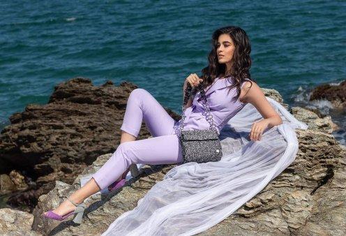 Made in Greece η Miss Polyplexi: Η Βασιλική Θεοδώρου πλέκει τσάντες των ονείρων μας – Η νέα καλοκαιρινή κολεξιόν, αποθέωση! - Κυρίως Φωτογραφία - Gallery - Video