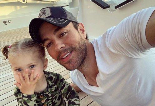 Το πιο γλυκό βίντεο: Η 19 μηνών κόρη του Enrique Iglesias ακούει το νέο τραγούδι του μπαμπά & χορεύει - η μεγαλύτερη θαυμάστριά του - Κυρίως Φωτογραφία - Gallery - Video