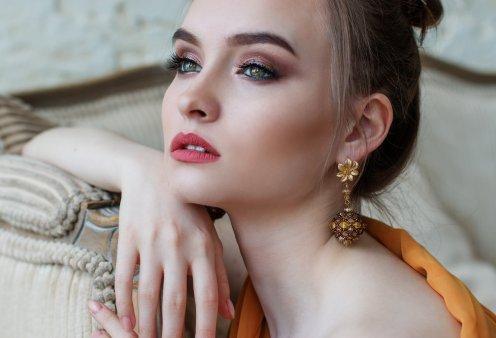 Γυναικεία Κοσμήματα: Οι τάσεις της μόδας για το Φθινόπωρο 2021 - Τεράστιες & πολλαπλές αλυσίδες, πέρλες (φωτό)  - Κυρίως Φωτογραφία - Gallery - Video
