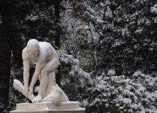 Το χιόνι έντυσε στα λευκά όλη την Αττική (φωτό) - Δείτε πού υπάρχουν προβλήματα στους δρόμους - Κυρίως Φωτογραφία - Gallery - Video 10