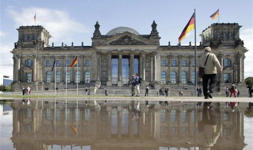 Γερμανία: Σήμερα η ψηφοφορία στην Bundestag για την παράταση σε κλίμα: «Μην δώσετε άλλα εκατομμύρια στους άπληστους Έλληνες» - Κυρίως Φωτογραφία - Gallery - Video