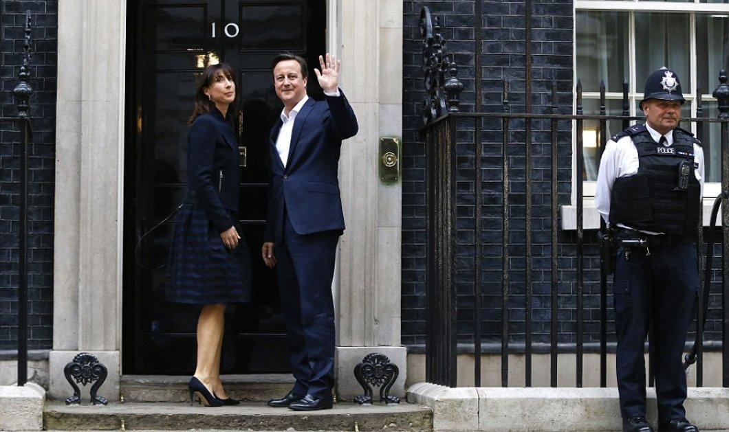 Μ.Βρετανία: Πολιτικός σεισμός μετά τον θρίαμβο Κάμερον - Παραιτήθηκαν Μίλιμπαντ, Κλεγκ και Φάρατζ - Κυρίως Φωτογραφία - Gallery - Video