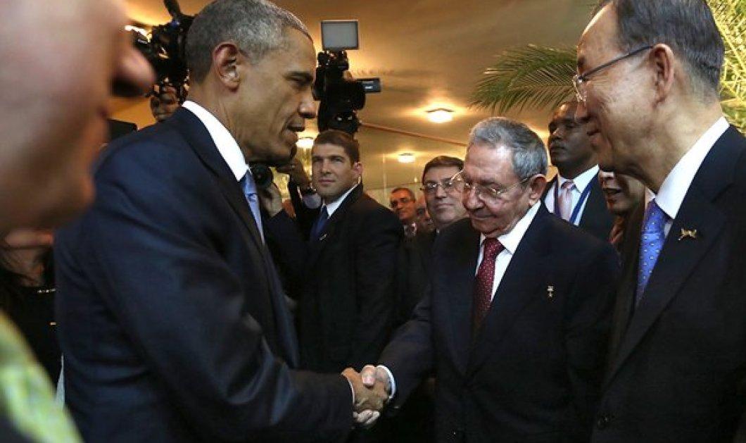 """Ομπάμα-Κάστρο: Ιστορική συνάντηση που βάζει τέλος στον """"ψυχρό πόλεμο"""" 54 ετών! - Κυρίως Φωτογραφία - Gallery - Video"""