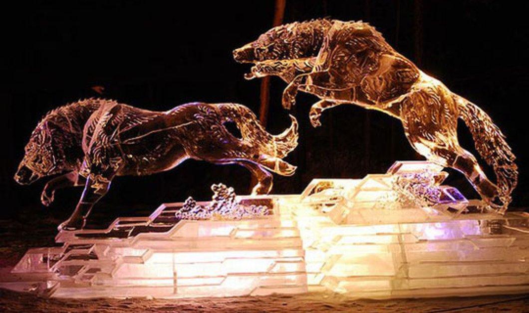 Αυτό θα πει ψυχρή ομορφιά! Ιδού τα ωραιότερα γλυπτά από πάγο, κατασκευασμένα από ερασιτέχνες γλύπτες! Ένα κι ένα! (φωτό) - Κυρίως Φωτογραφία - Gallery - Video