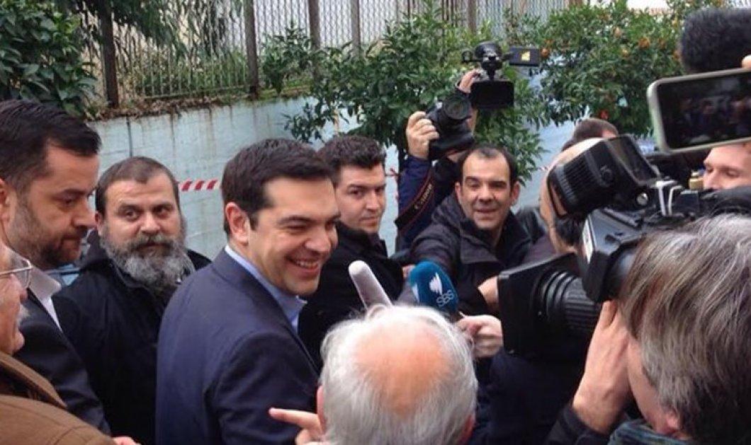 CNBC: Αυξάνεται το ρίσκο χρεοκοπίας για την Ελλάδα, λένε οι αναλυτές - Κυρίως Φωτογραφία - Gallery - Video