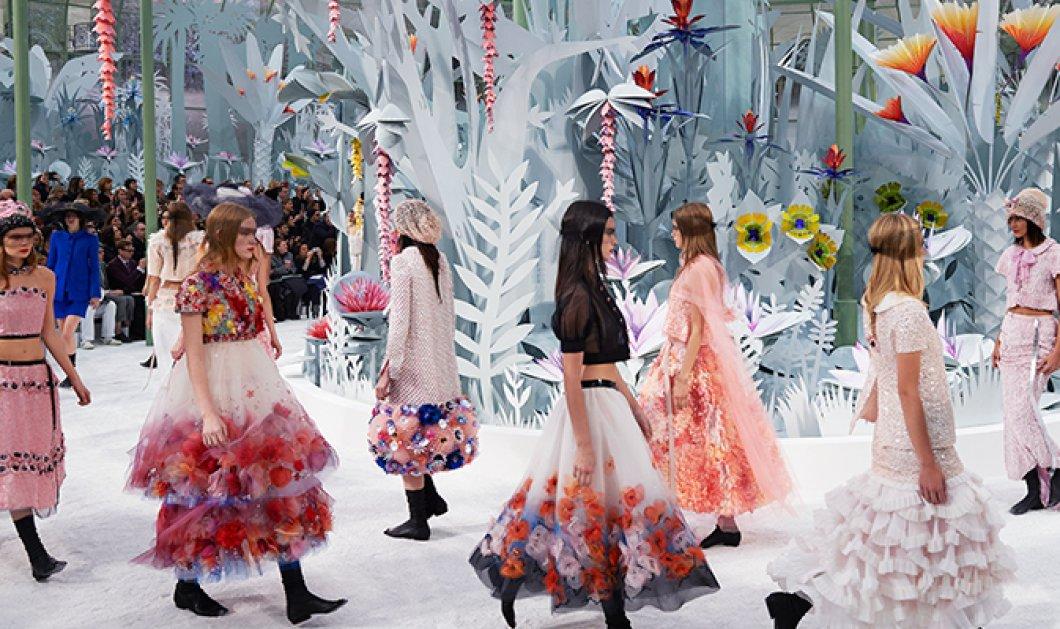 Το υπερθέαμα στην πασαρέλα της Chanel - Εντυπωσιακό ξεκίνημα για την εβδομάδα μόδας υψηλής ραπτικής καλοκαίρι 2015! (φωτό) - Κυρίως Φωτογραφία - Gallery - Video