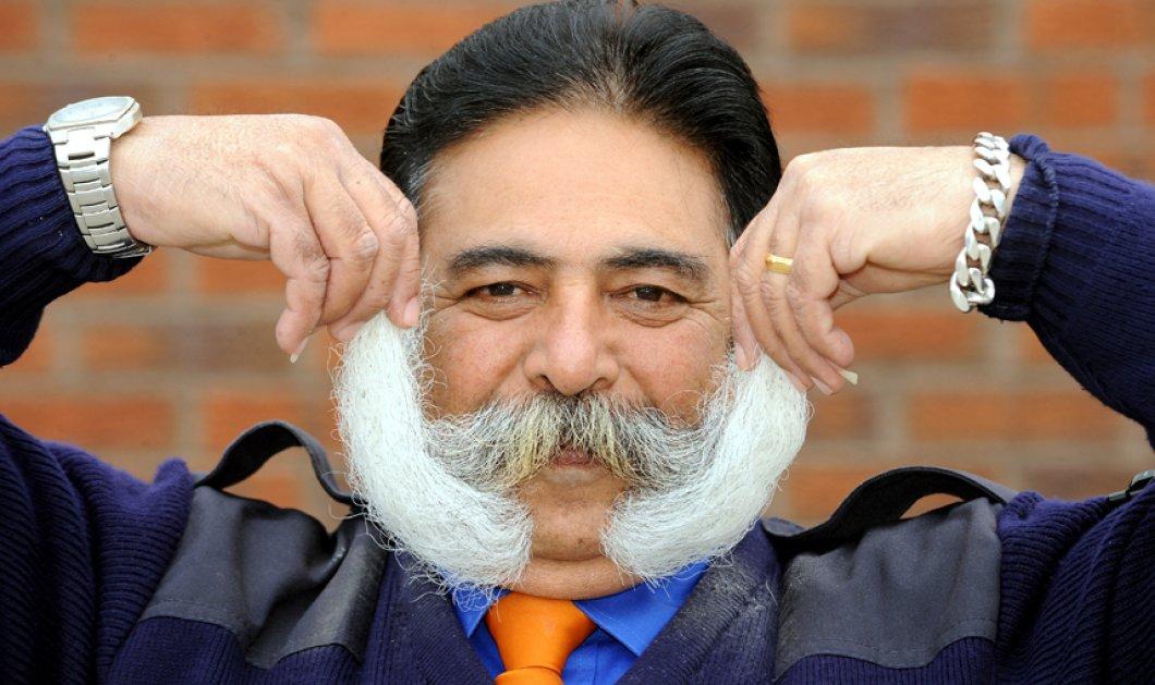 Smile - Αυτός ο Ινδός μεγαλώνει το μουστάκι του εδώ και 38 χρόνια - Κάθε πρωί αφιερώνει 5 λεπτά! (φωτό) - Κυρίως Φωτογραφία - Gallery - Video