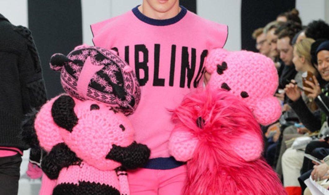Όταν οι άνδρες ντύθηκαν ροζ! Ειλικρινά πού να εντάξω αυτή τη μόδα; Στο smile ή στο Mad Fashionista; (Slideshow) - Κυρίως Φωτογραφία - Gallery - Video