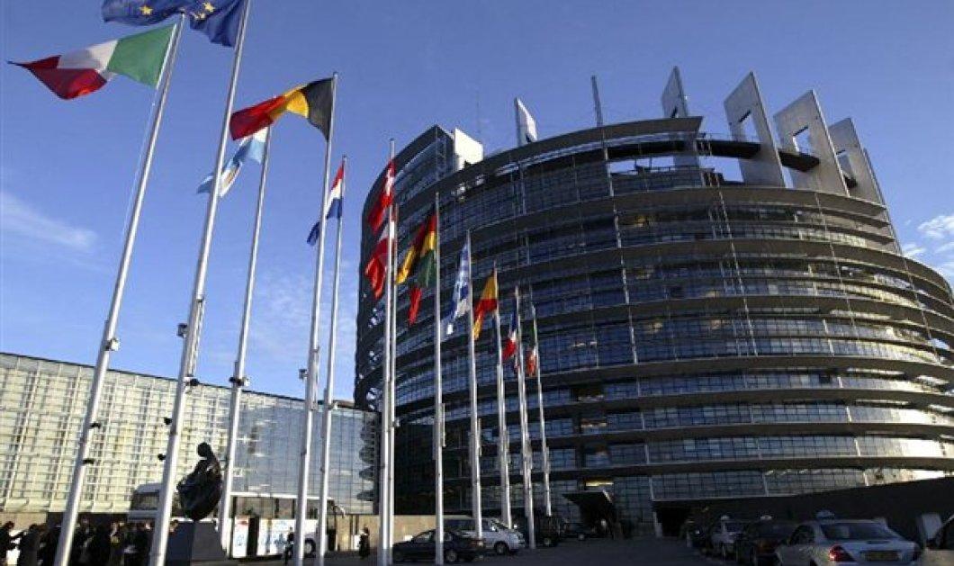 Κομισιόν: Πρόταση για βοήθεια 8,7 εκατ. ευρώ για απολυμένους ελληνικών ΜΜΕ δημοσιογράφους & τεχνικούς σε εφημερίδες & κανάλια! - Κυρίως Φωτογραφία - Gallery - Video