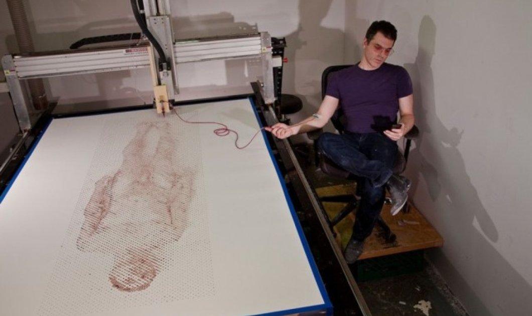 """""""Αιματηρός"""" καλλιτέχνης ή τρελός; Έφτιαξε το πορτραίτο με μελάνι το ίδιο του το αίμα! (Φωτό)  - Κυρίως Φωτογραφία - Gallery - Video"""