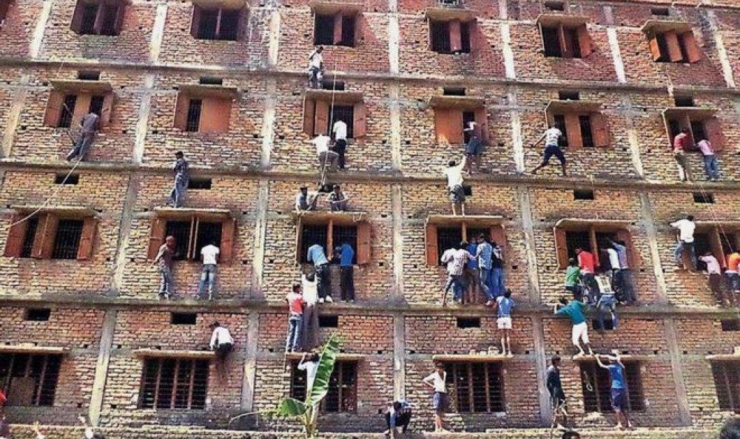 Ασύλληπτες εικόνες στην Ινδία - Γονείς κρέμονται από τα παράθυρα και δίνουν σκονάκια στα παιδιά τους! - Κυρίως Φωτογραφία - Gallery - Video