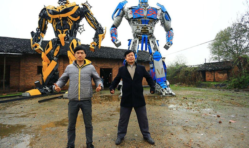 Κίνα: Πατέρας & γιος φτιάχνουν... Transformers από πεταμένα μέταλλα και κερδίζουν 160.000 $ τον χρόνο! (φωτό) - Κυρίως Φωτογραφία - Gallery - Video