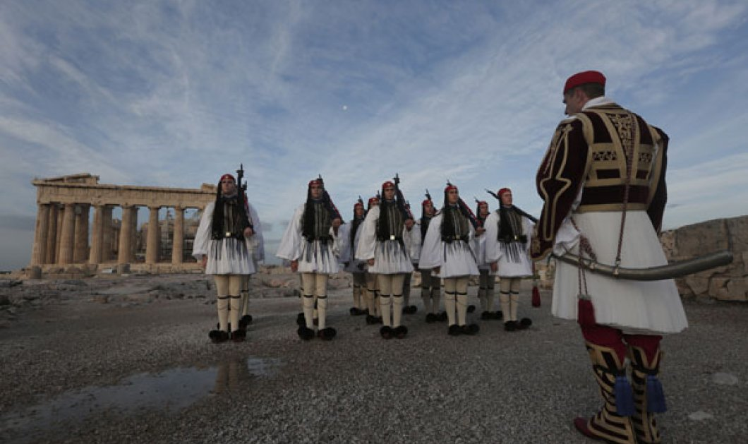 Τελεσίγραφο μέχρι τη Δευτέρα από Βρυξέλλες - Βλέπουν αδυναμία της Αθήνας να πληρώσει μισθούς και συντάξεις! - Κυρίως Φωτογραφία - Gallery - Video