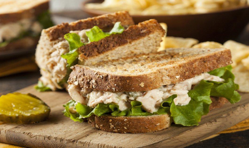 Πεντανόστιμο σάντουιτς τόνου για το καλυτέρο και πιο υγιεινό κολατσιό στην δουλειά σας από τον Άκη Πετρετζίκη! - Κυρίως Φωτογραφία - Gallery - Video