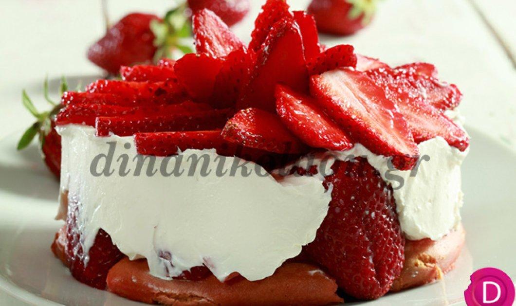 Θεικό τιραμισού με φρέσκιες φράουλες μας προτείνει η μοντέρνα σεφ Ντίνα Νικολάου και λέμε ναι! - Κυρίως Φωτογραφία - Gallery - Video