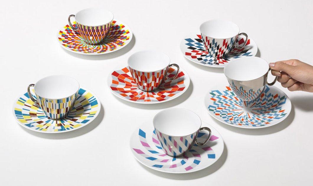Μοναδικό! Απαράμιλλης ομορφιάς & τελειότητας φλυτζάνια του καφέ από καθρέπτη αντανακλούν φανταστικά σχέδια!  - Κυρίως Φωτογραφία - Gallery - Video