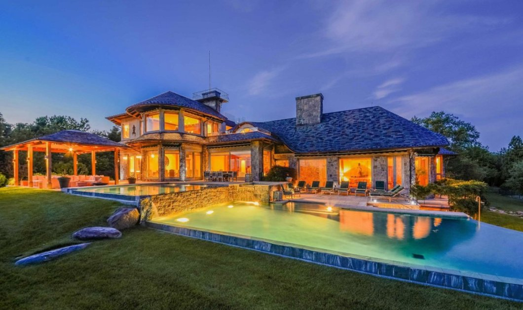 Πώς είναι να ζεις σε ένα σπίτι $49 εκατ. στα Hamptons με 12.000 τ.μ, 7 τζάκια, 6 υπνοδωμάτια, σινεμά & πισίνες!  - Κυρίως Φωτογραφία - Gallery - Video
