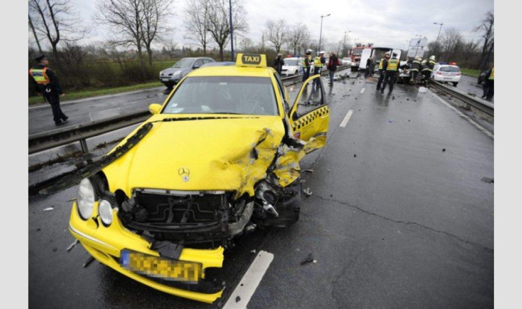 Άγιο είχαν Φετφατζίδης, Ταχτσίδης & Μόρας - Σοκάρουν οι φωτογραφίες από το σοβαρό τροχαίο στην Ουγγαρία! Νεκρός ένας οδηγός! (βίντεο) - Κυρίως Φωτογραφία - Gallery - Video