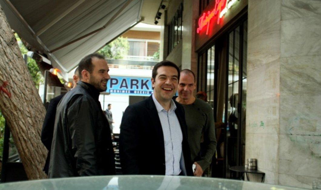 Aυτό είναι το Musique Café στο Παγκράτι όπου έφαγε ο πρωθυπουργός την Κυριακή το μεσημέρι - Κυρίως Φωτογραφία - Gallery - Video