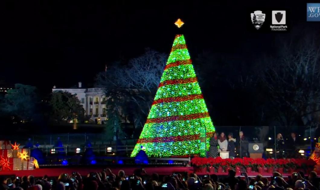 Άναψαν το χριστουγεννιάτικο δέντρο στον Λευκό Οίκο - Την αντίστροφη μέτρηση ο Μπάρακ, τα παραμύθια στα παιδιά η Μισέλ! (φωτό & βίντεο) - Κυρίως Φωτογραφία - Gallery - Video