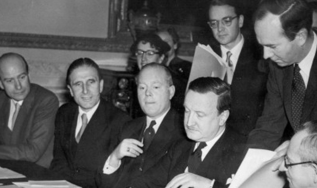 Vintage Story: Απίστευτη σύμπτωση: Σαν σήμερα το 1953, η Ελλάδα διέγραψε το χρέος της Γερμανίας! - Κυρίως Φωτογραφία - Gallery - Video