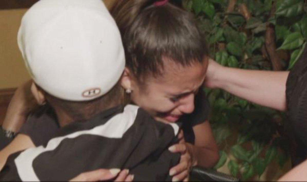 Story: Βίντεο - Ο πολύ άρρωστος πατέρας κάνει έκπληξη στην κόρη του & την συνοδεύει στο γάμο - Κυρίως Φωτογραφία - Gallery - Video