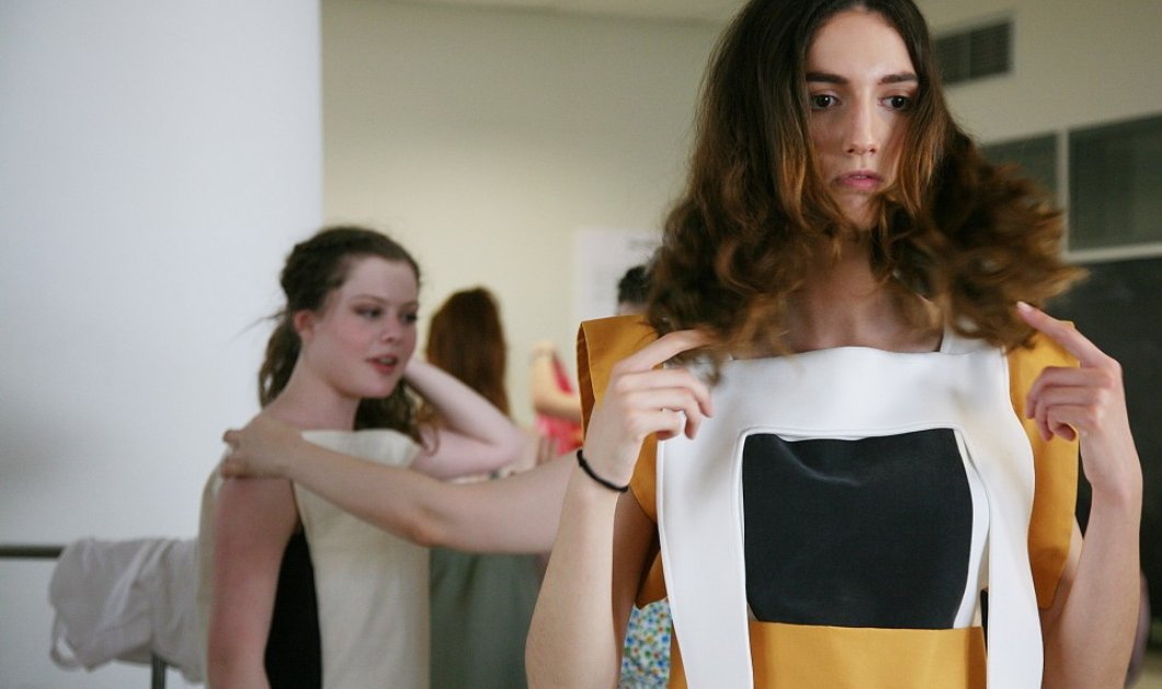 Made in Greece: Η νέα ταλαντούχα γενιά σχεδιαστών μόδας μόλις αποφοίτησε  - Κυρίως Φωτογραφία - Gallery - Video