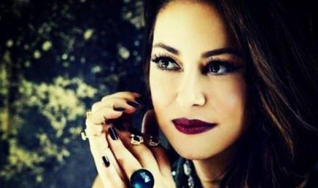 Δείτε την μαμά & τη γιαγιά της Ασλανίδου - Πόσο μοιάζουν με την δημοφιλή τραγουδίστρια;;; - Βίντεο - Κυρίως Φωτογραφία - Gallery - Video