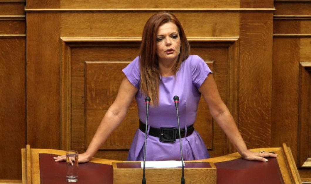 H Μαρία Γιαννακάκη μας εξηγεί γιατι επιμένει στη Δημοκρατική Αριστερά - Κυρίως Φωτογραφία - Gallery - Video