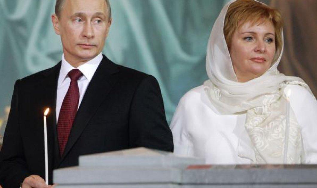 Ο αληθινός και ο σωσίας του Βλαντιμίρ Πούτιν - Δείτε τις διαφορές στα χέρια & σε ένα σημάδι  - Κυρίως Φωτογραφία - Gallery - Video