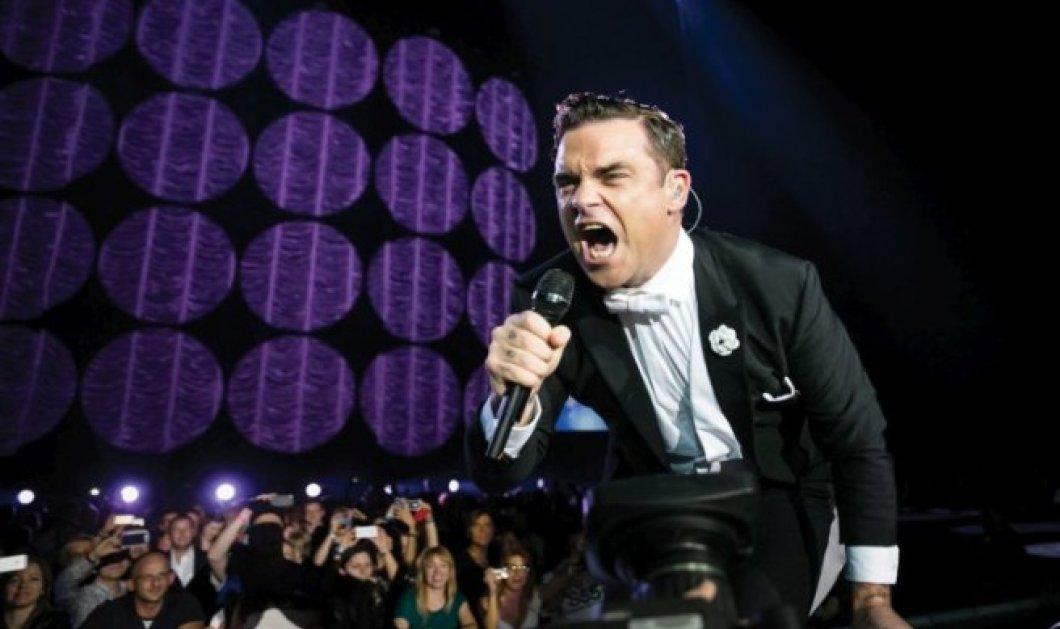 Robbie Williams: «Eλλάδα είσαι μαζί μου; Άφησε με να σε διασκεδάσω!» - Τα highlights της συναυλίας & το μήνυμα στήριξης στη χώρα - Κυρίως Φωτογραφία - Gallery - Video