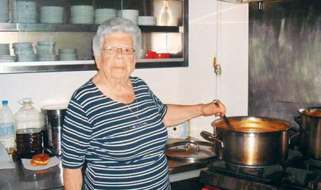 Top Woman η κυρία Μαρία: Μαγειρεύει καθημερινά φαγητό για τους φτωχούς του Βόλου - Κυρίως Φωτογραφία - Gallery - Video