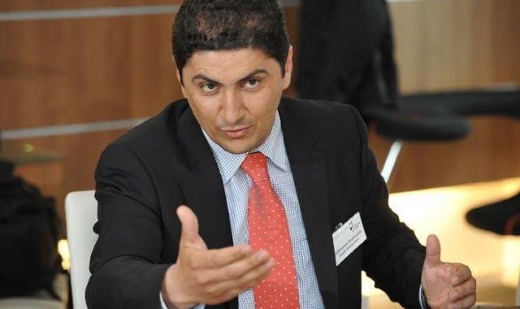 Ο Αυγενάκης και 20 βουλευτές της ΝΔ Ρωτούν: Υπάρχει υπουργός με offshore;  - Κυρίως Φωτογραφία - Gallery - Video