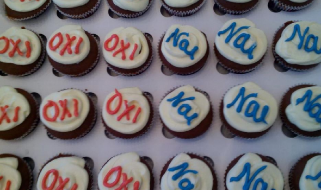 """Δημοσιογράφος κερνάει cupcakes με """"Ναι"""" και """"Όχι""""- Διαλέξτε - Κυρίως Φωτογραφία - Gallery - Video"""