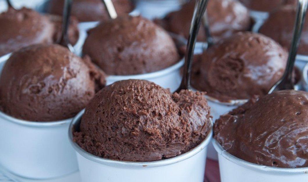 Πόσο πιο νόστιμο! Μους σοκολάτα σε μορφή παγωτού από τον Σ. Παρλιάρο - Κυρίως Φωτογραφία - Gallery - Video