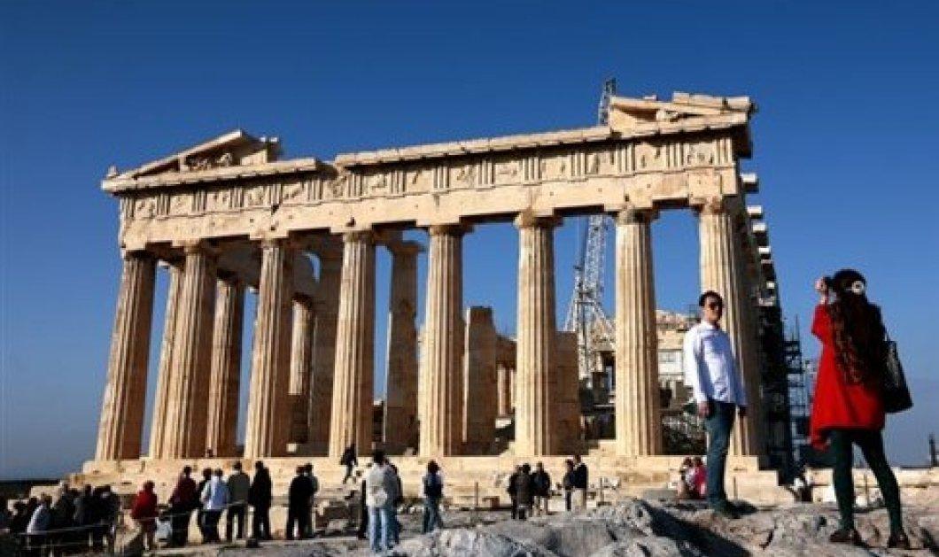 ΚΕΠΕ: Το 87% του εισερχόμενου τουριστικού εισοδήματος παραμένει στην Ελλάδα  - Κυρίως Φωτογραφία - Gallery - Video