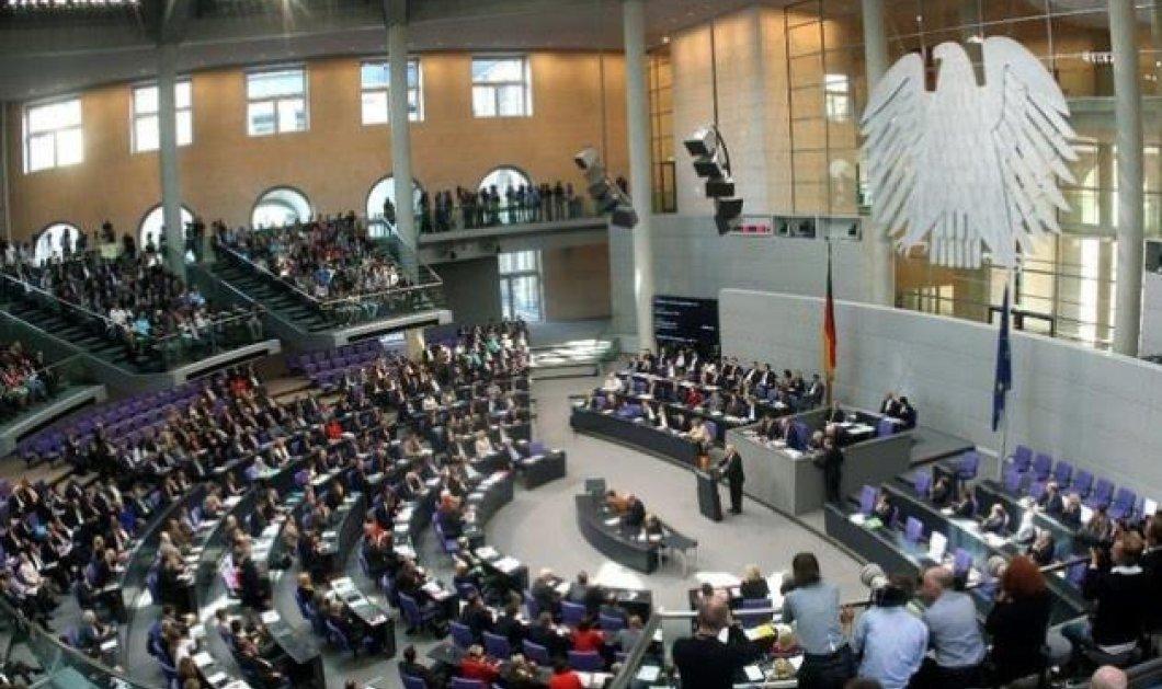 Το γερμανικό κοινοβούλιο ενέκρινε το πακέτο για την Ελλάδα – 439 «Υπέρ», 11 «Κατά» & 40 «αποχές» - Κυρίως Φωτογραφία - Gallery - Video