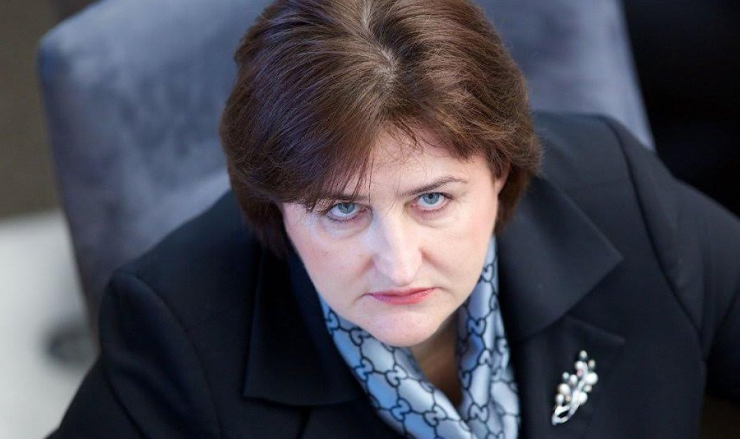 Λιθουανή βουλευτής η Λορέτα με το βλέμμα-καρφί: «Δεν πληρώνουμε τους Ελληνες που ζουν καλά & δουλεύουν λιγότερο» - Κυρίως Φωτογραφία - Gallery - Video