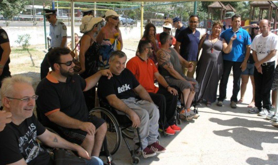 Good news: Μπάνιο στη θάλασσα έκαναν πρώτη φορά πολλά άτομα με αναπηρία χάρη στο seatrac στην Καβάλα   - Κυρίως Φωτογραφία - Gallery - Video
