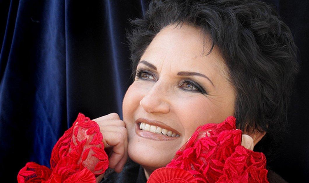 Και μην ξεχνάτε: Απόψε η Υπουργός Τουρισμού Άλκηστις Πρωτοψάλτη τραγουδάει στον Μαραθώνα    - Κυρίως Φωτογραφία - Gallery - Video