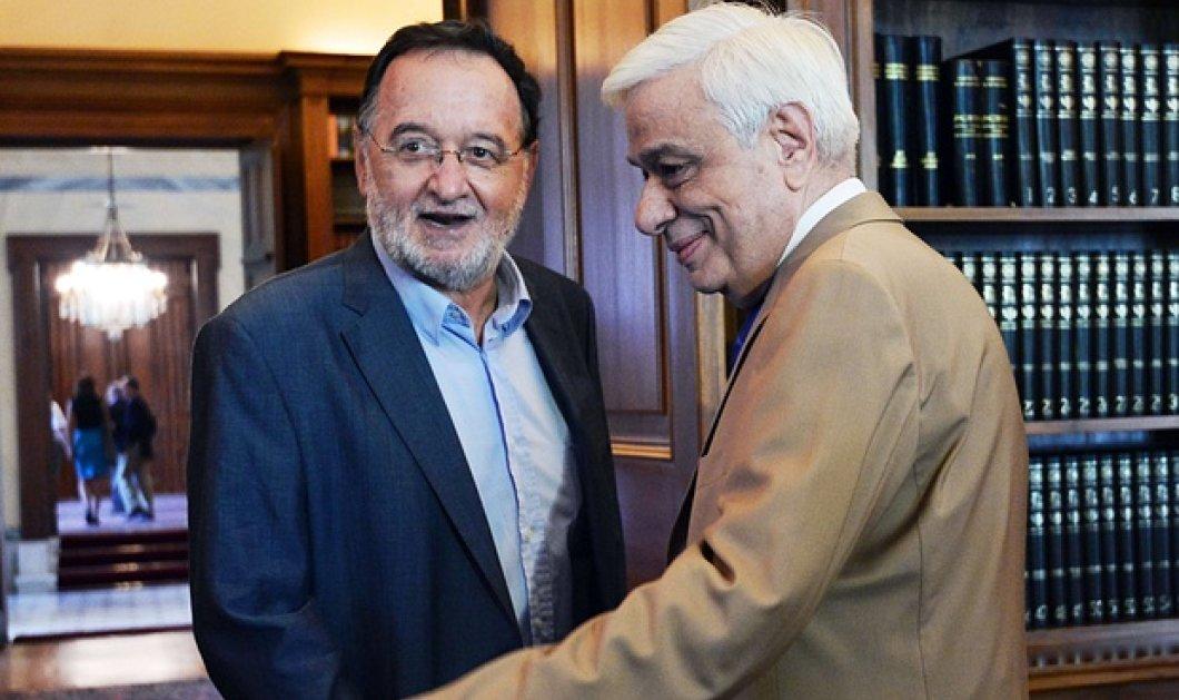 Λαφαζάνης σε Παυλόπουλο: Πάνω απ' όλα ο ελληνικός λαός - Αρχηγοί & Πρόεδρος της Δημοκρατίας δεν είναι πάνω από το Σύνταγμα - Κυρίως Φωτογραφία - Gallery - Video