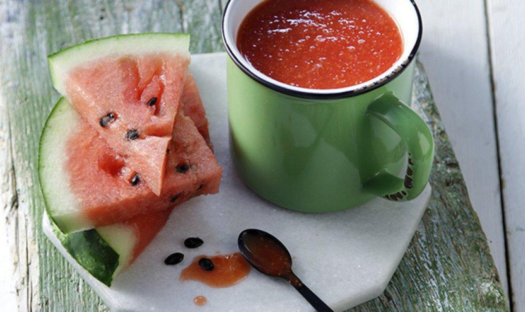 Καλοκαιρινό smoothie με καρπούζι, φράουλα και τζίντζερ από τον Άκη Πετρετζίκη   - Κυρίως Φωτογραφία - Gallery - Video