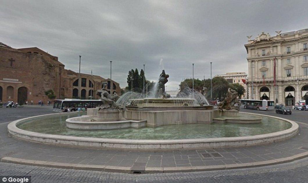 Πανικός στη Ρώμη: Αρχιτέκτονες βουτάνε γυμνοί σε συντριβάνι - Κυρίως Φωτογραφία - Gallery - Video